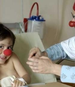 Le Rire Médecin: Quand le rire débarque à l'hôpital !